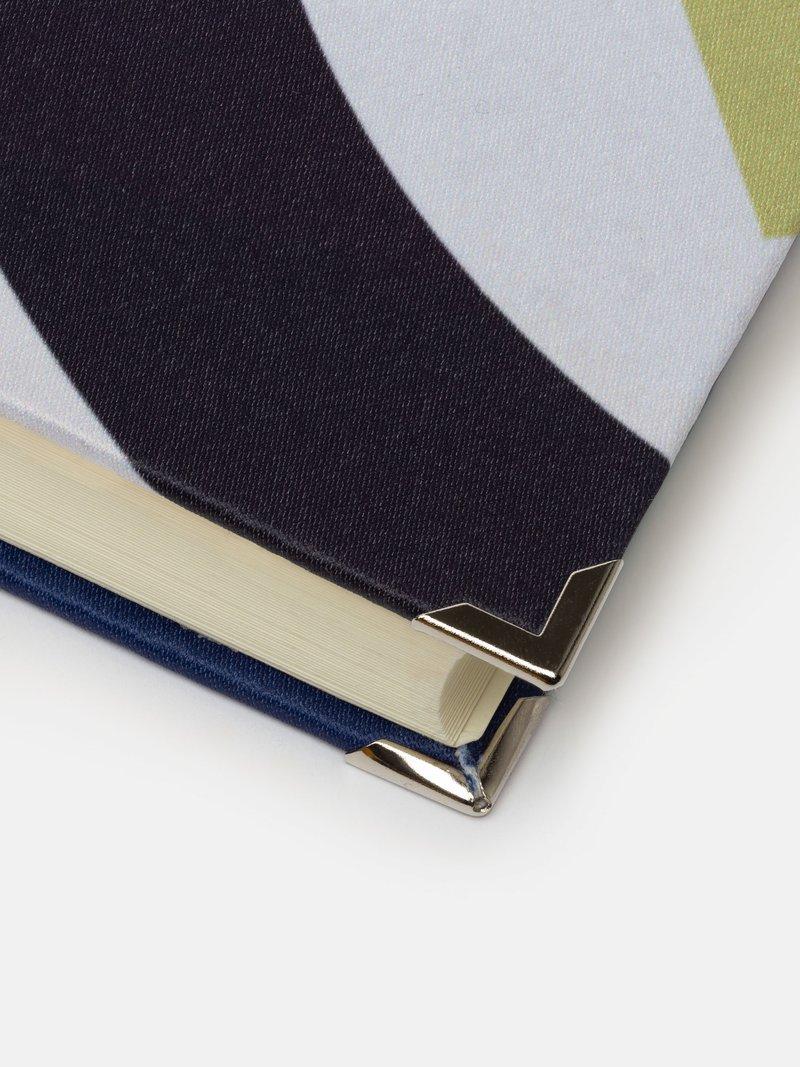design your own scrapbook