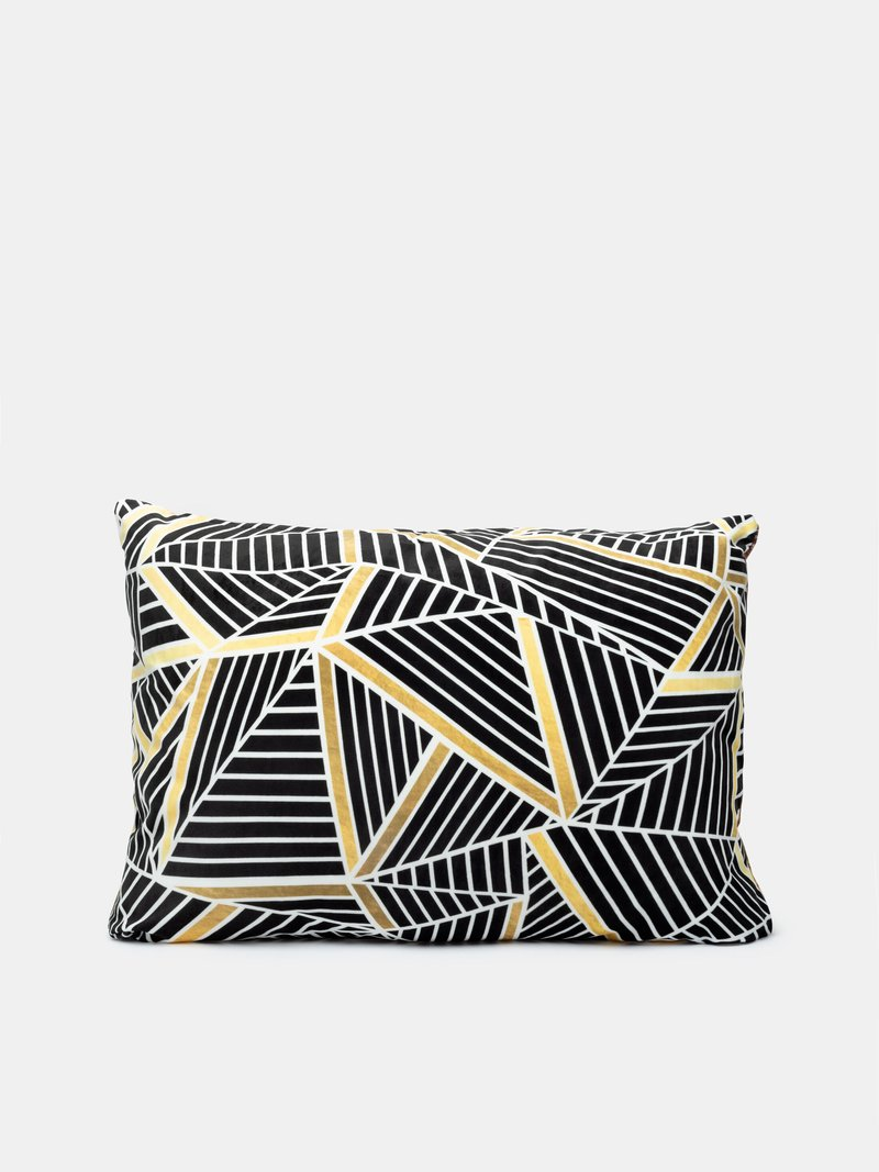 print both sides of custom pillows