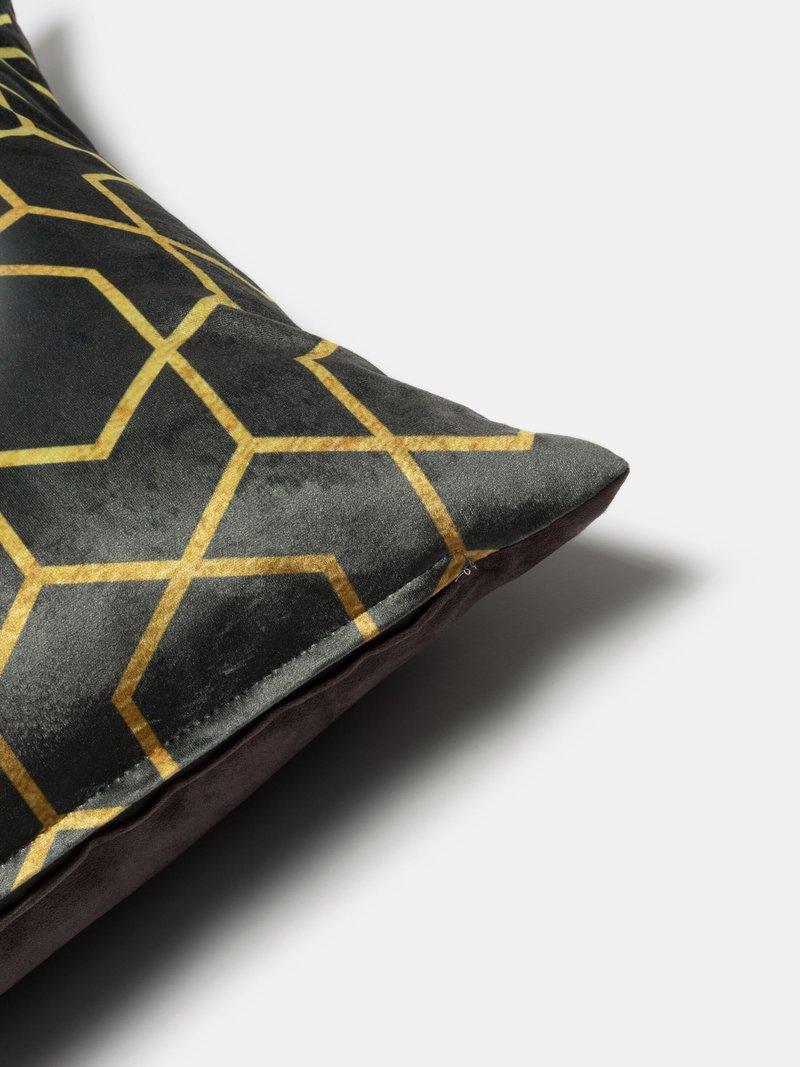 dettaglio zip cuscini decorativi