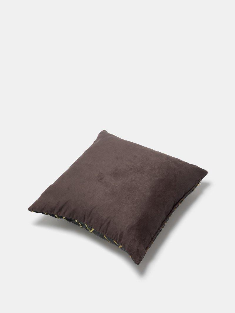 selezione stoffe per cuscini decorativi