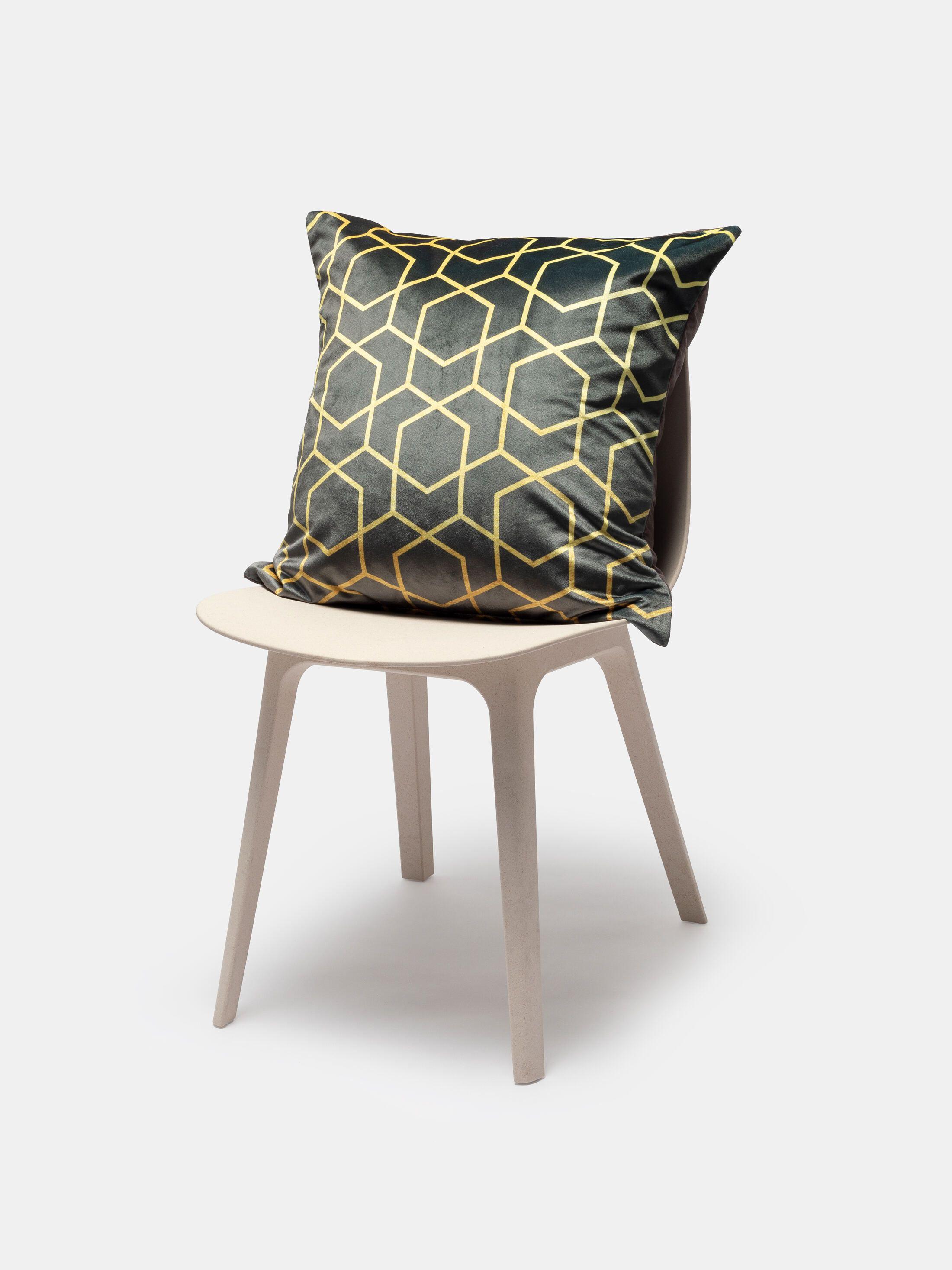 Custom Decorative Cushions in 4 Sizes