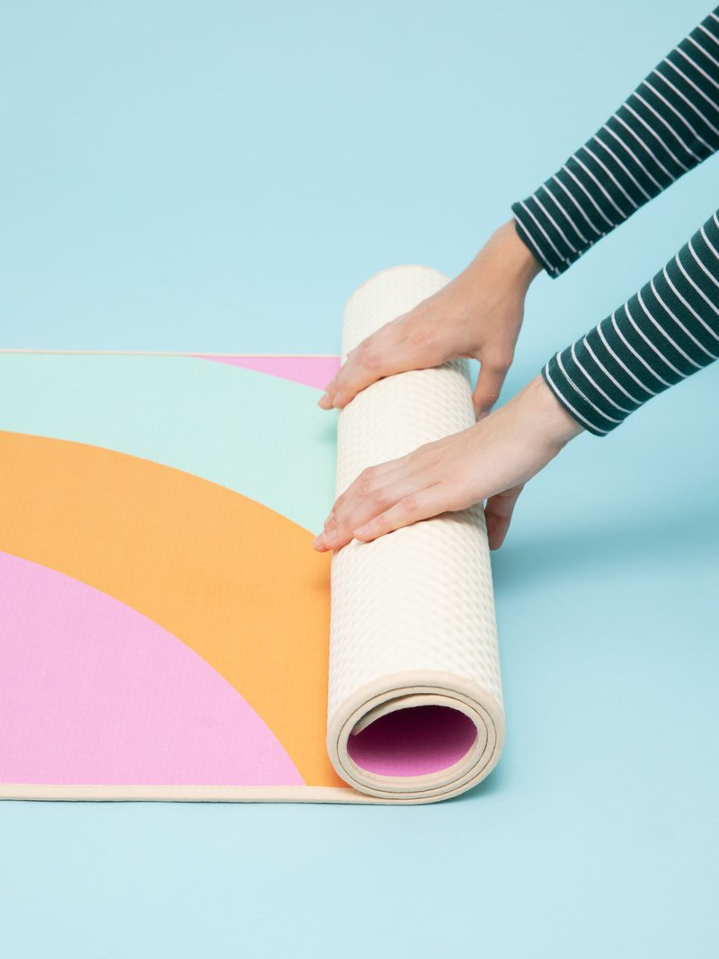 Tapis de yoga avec design facilement rangeable