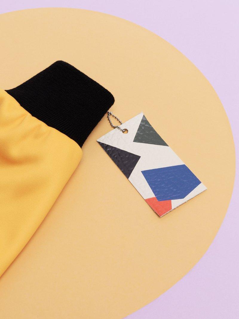 Etiquettes imprimées en cuir pour designer