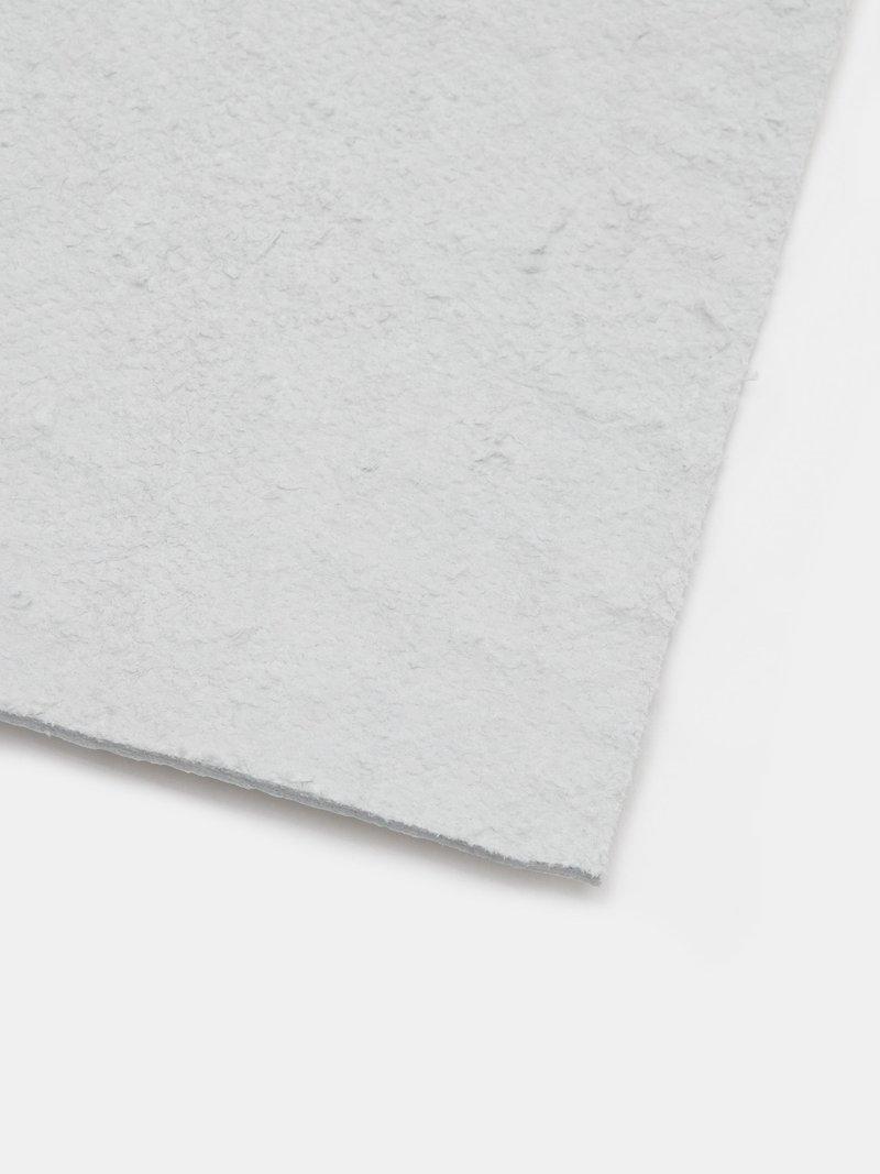 Étiquettes personnalisées cuir