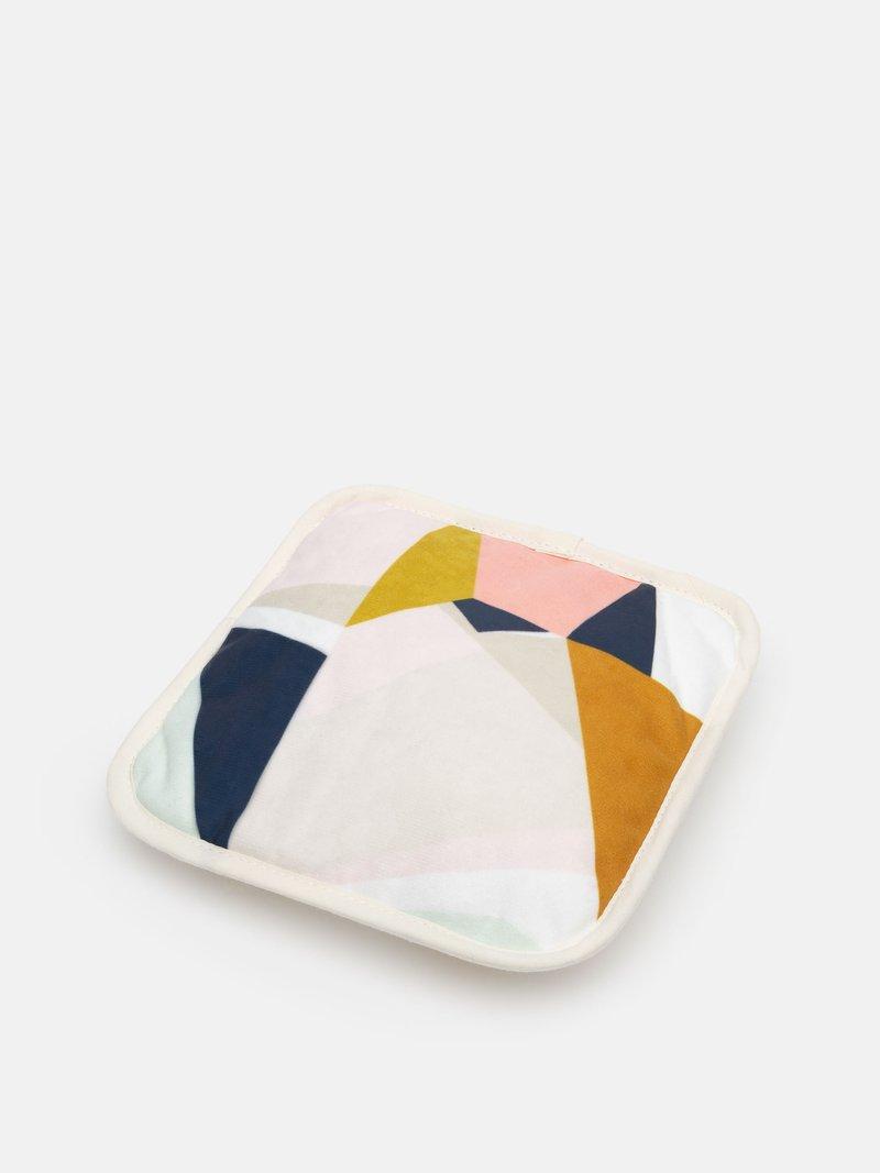 custom pot holders and dish pad rest
