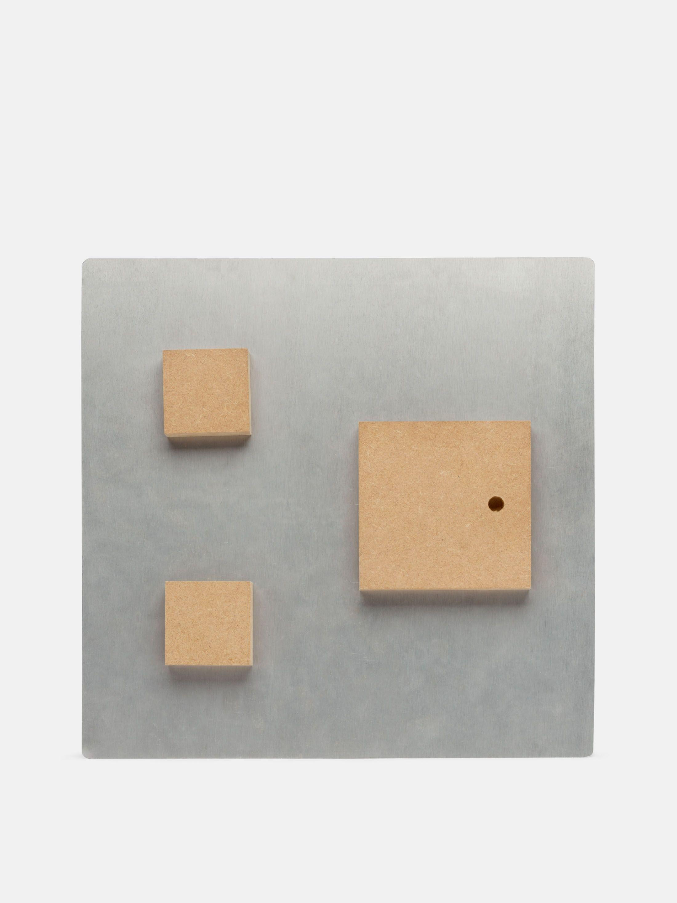 Zoom sur la plaque en métal personnalisée