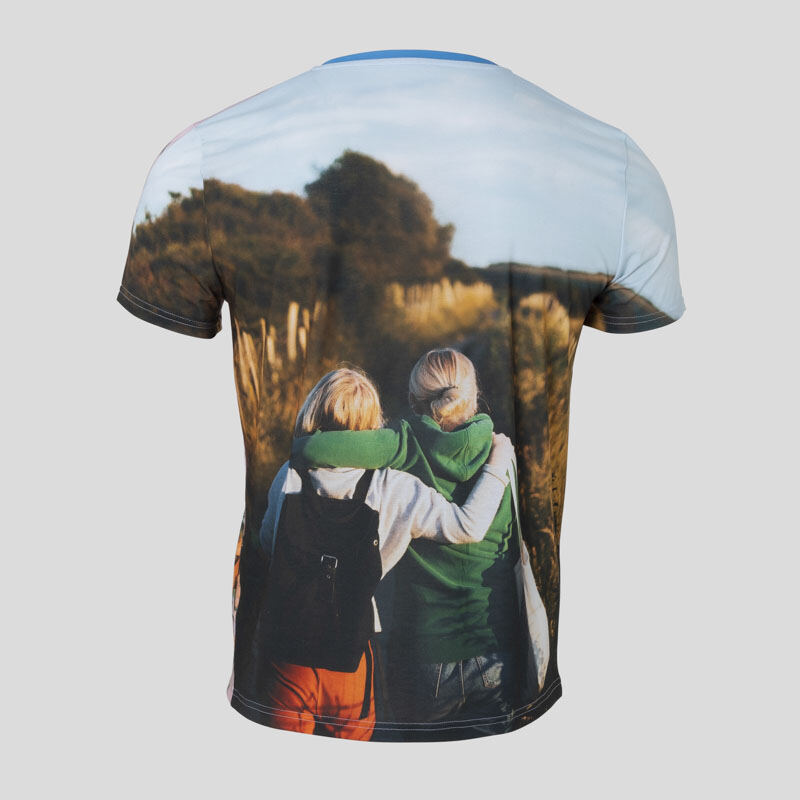 Designa din egen T shirt. Skapa personliga t tröjor