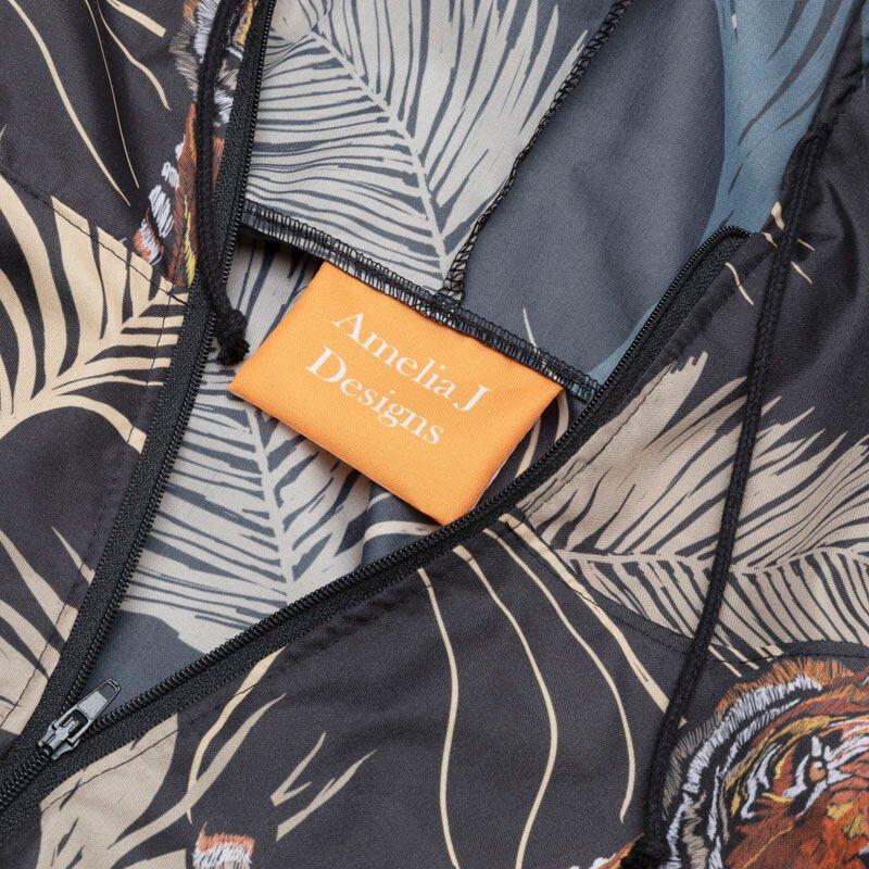 tuta hazmat con zip ed etichetta personalizzata