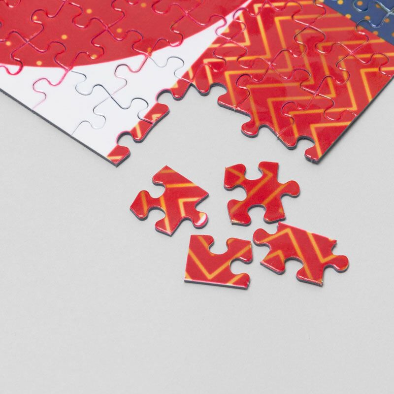 custom jigsaw puzzle pieces