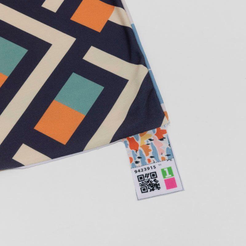 customized neck scarf edges