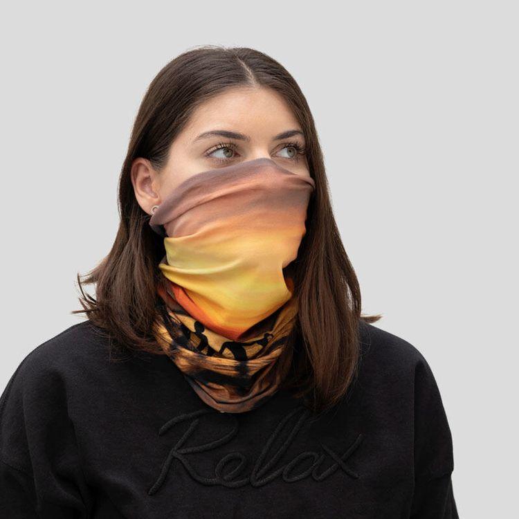 custom tube scarf print details