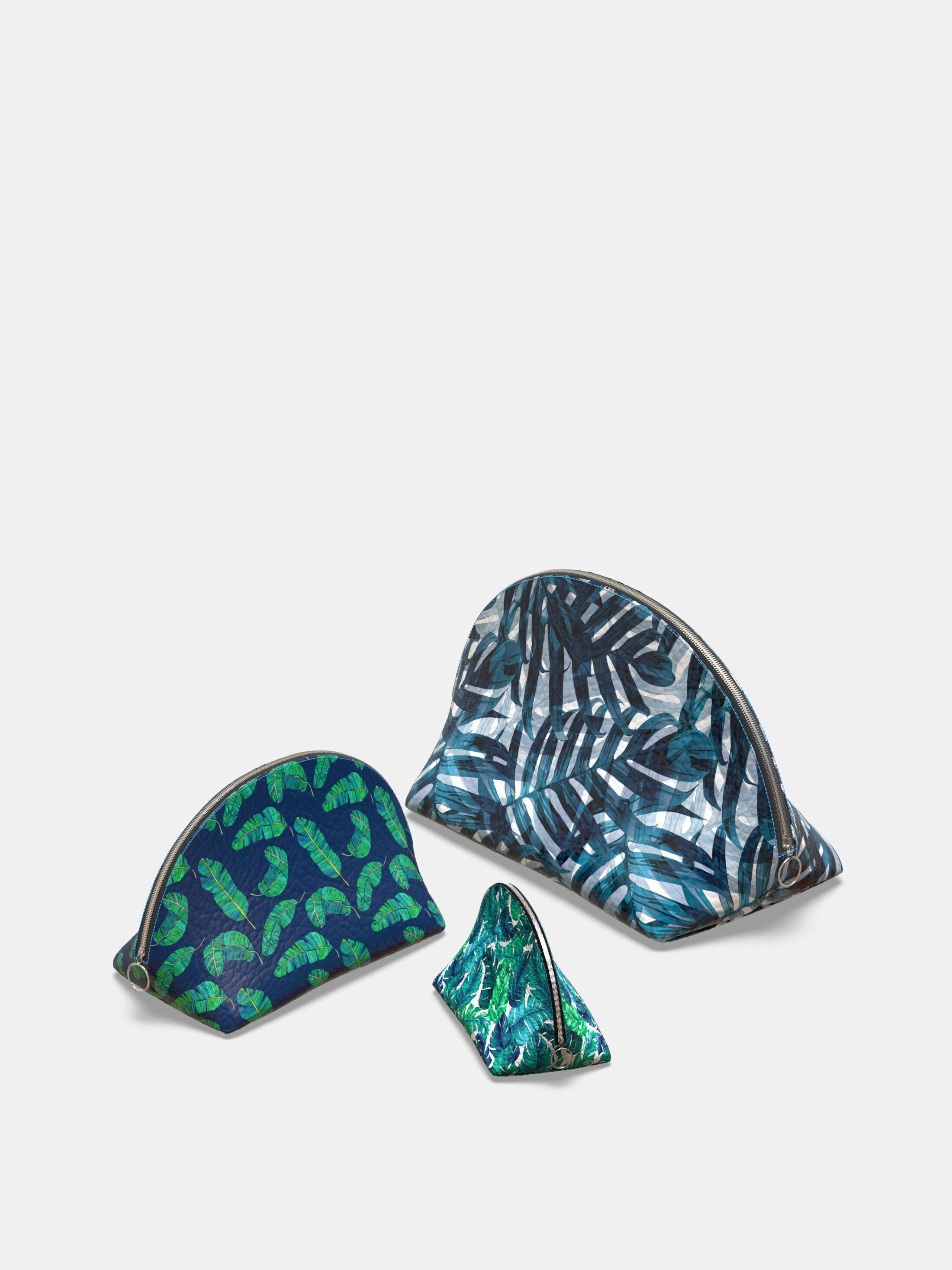 custom leather cosmetic bags
