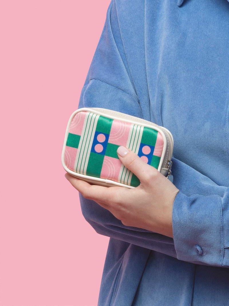 printed purse