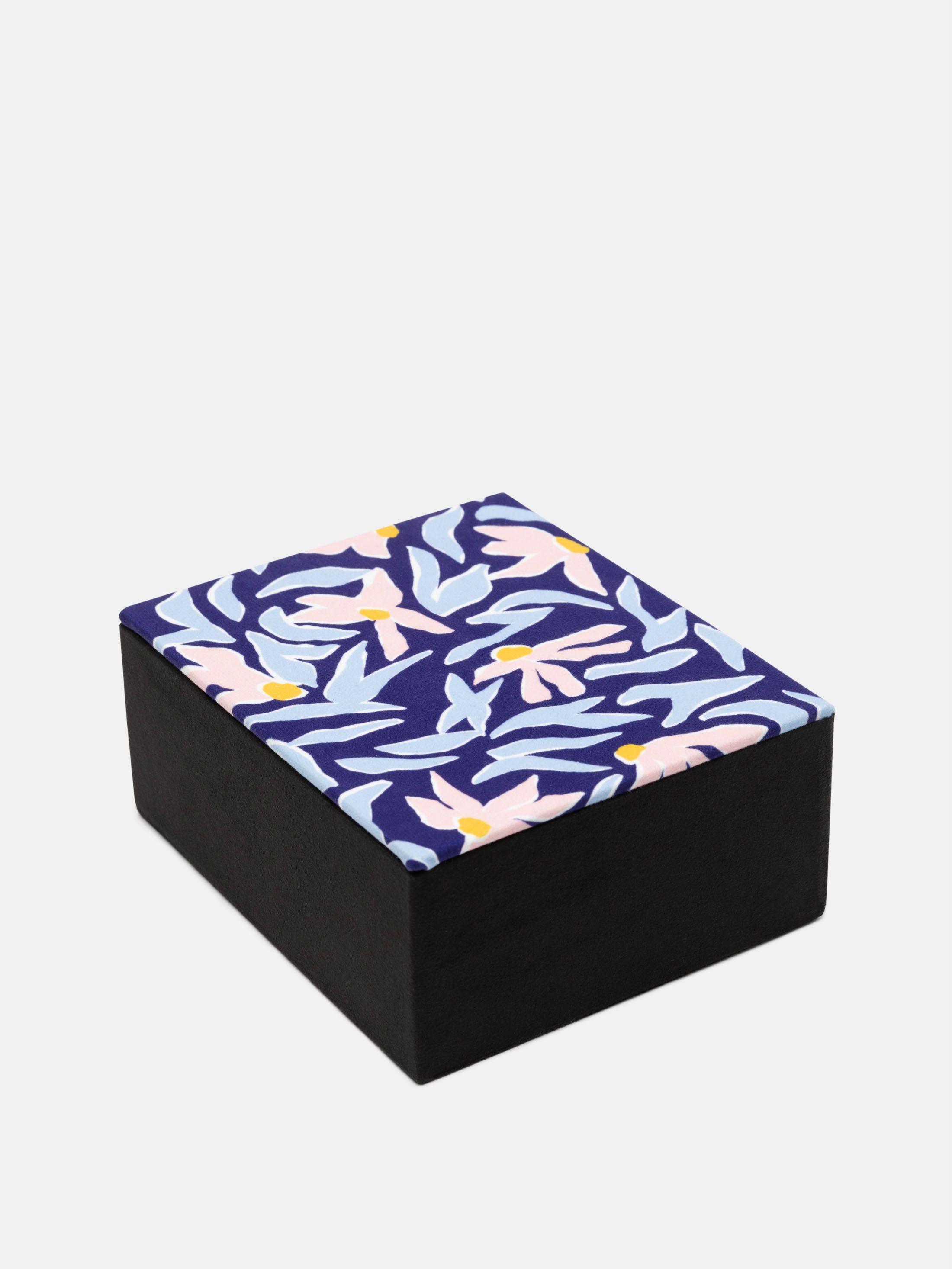 レトロなデザイン オリジナルジュエリーボックス