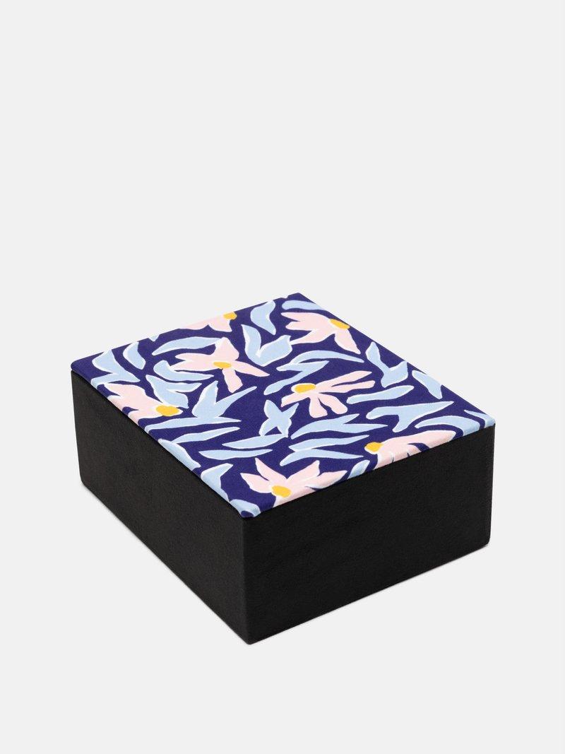 bespoke jewellery boxes retro design