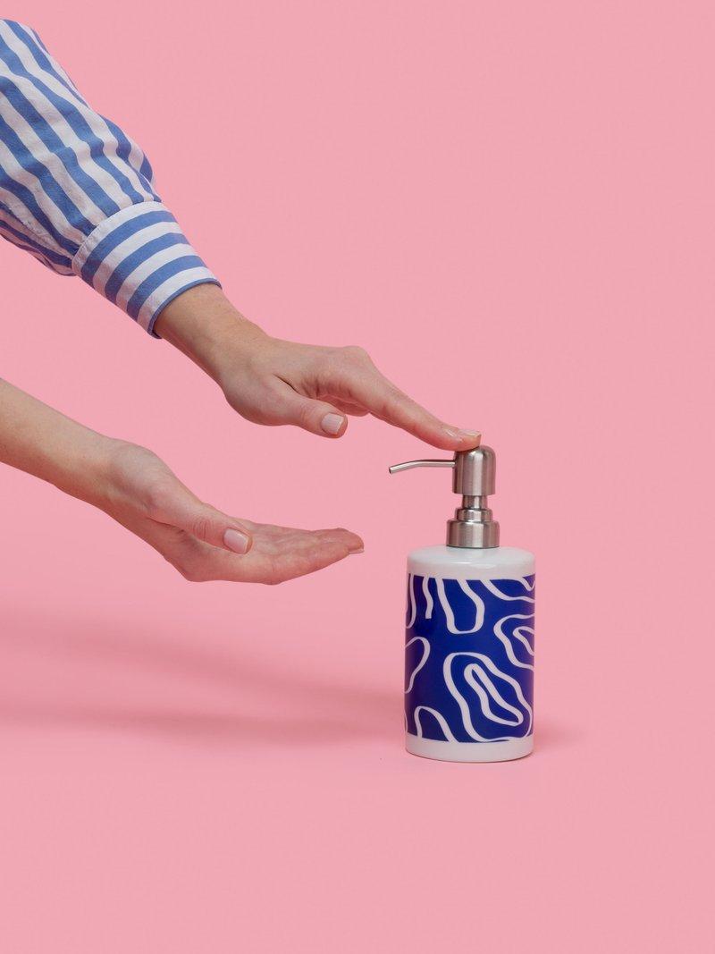 gepersonaliseerde zeepdispensers van keramiek