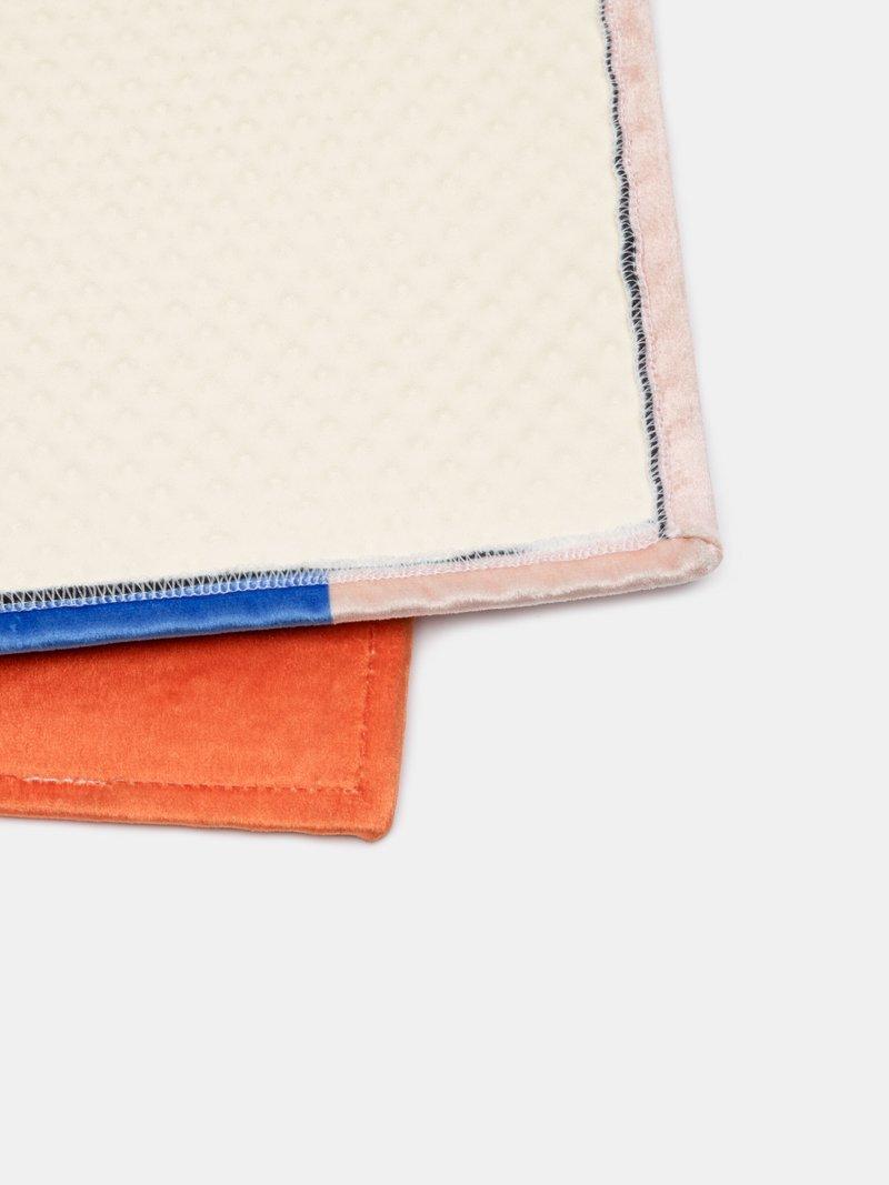 tappeti personalizzati con frangia
