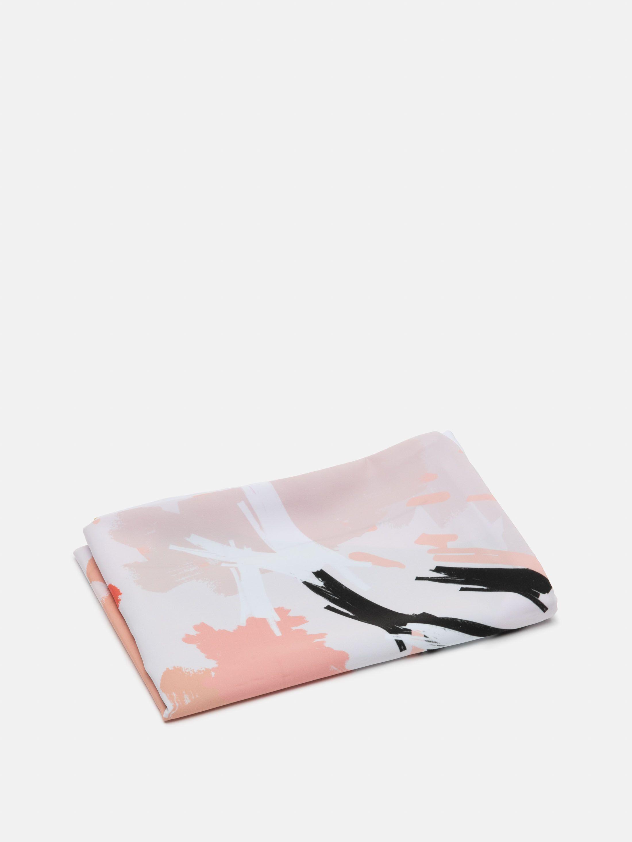 オリジナル枕カバーにデザインプリント