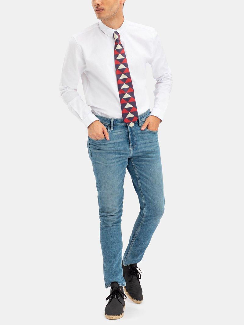 custom ties with navy suit