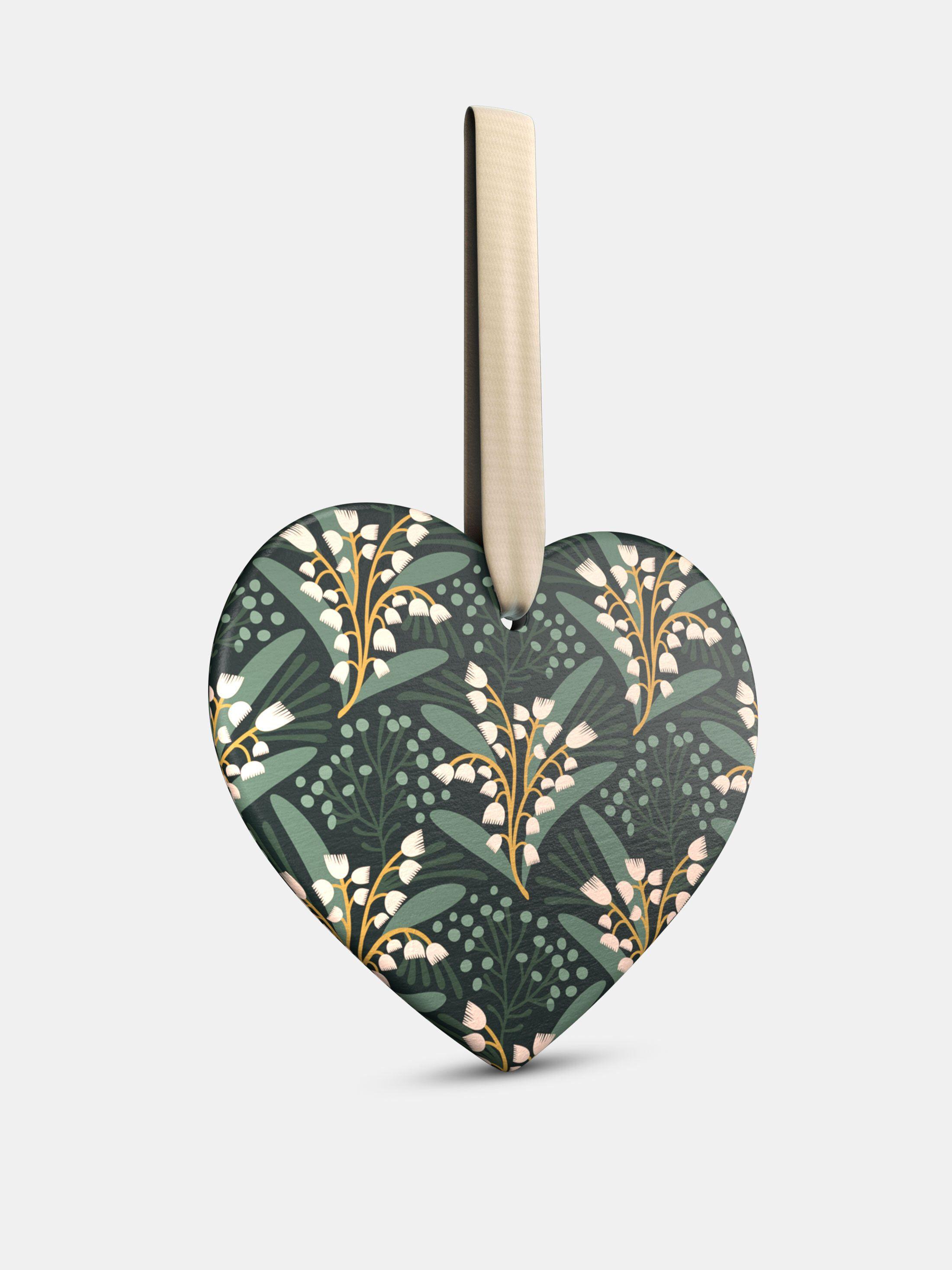 relation heart ornament