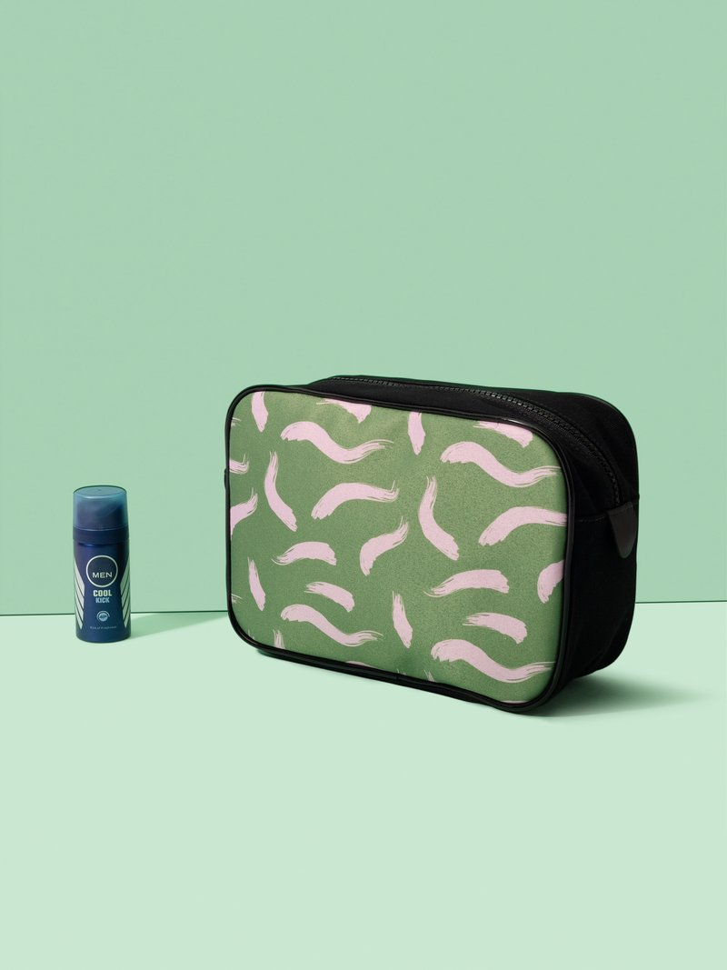 customised travel bag