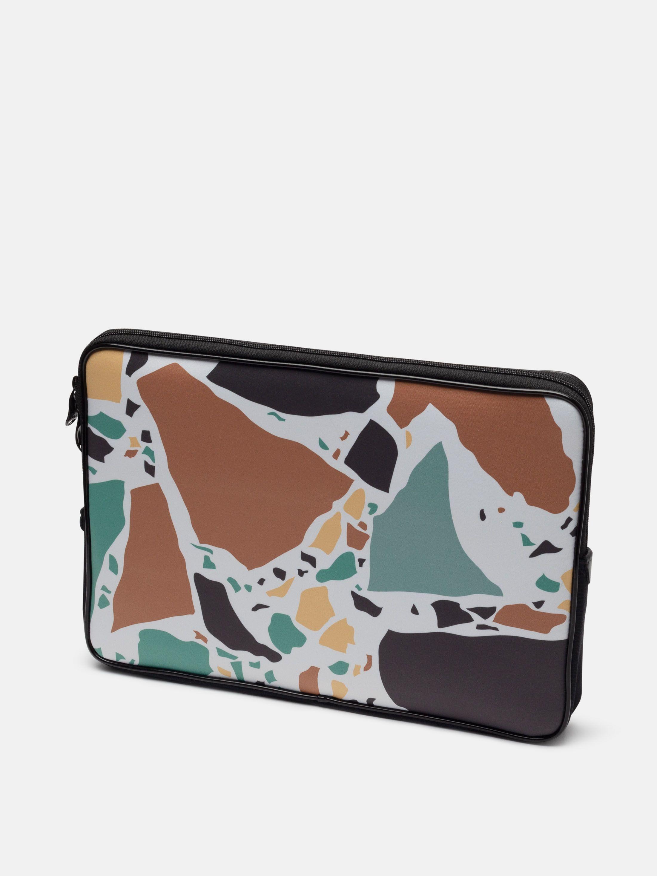 Design personalised laptop bags