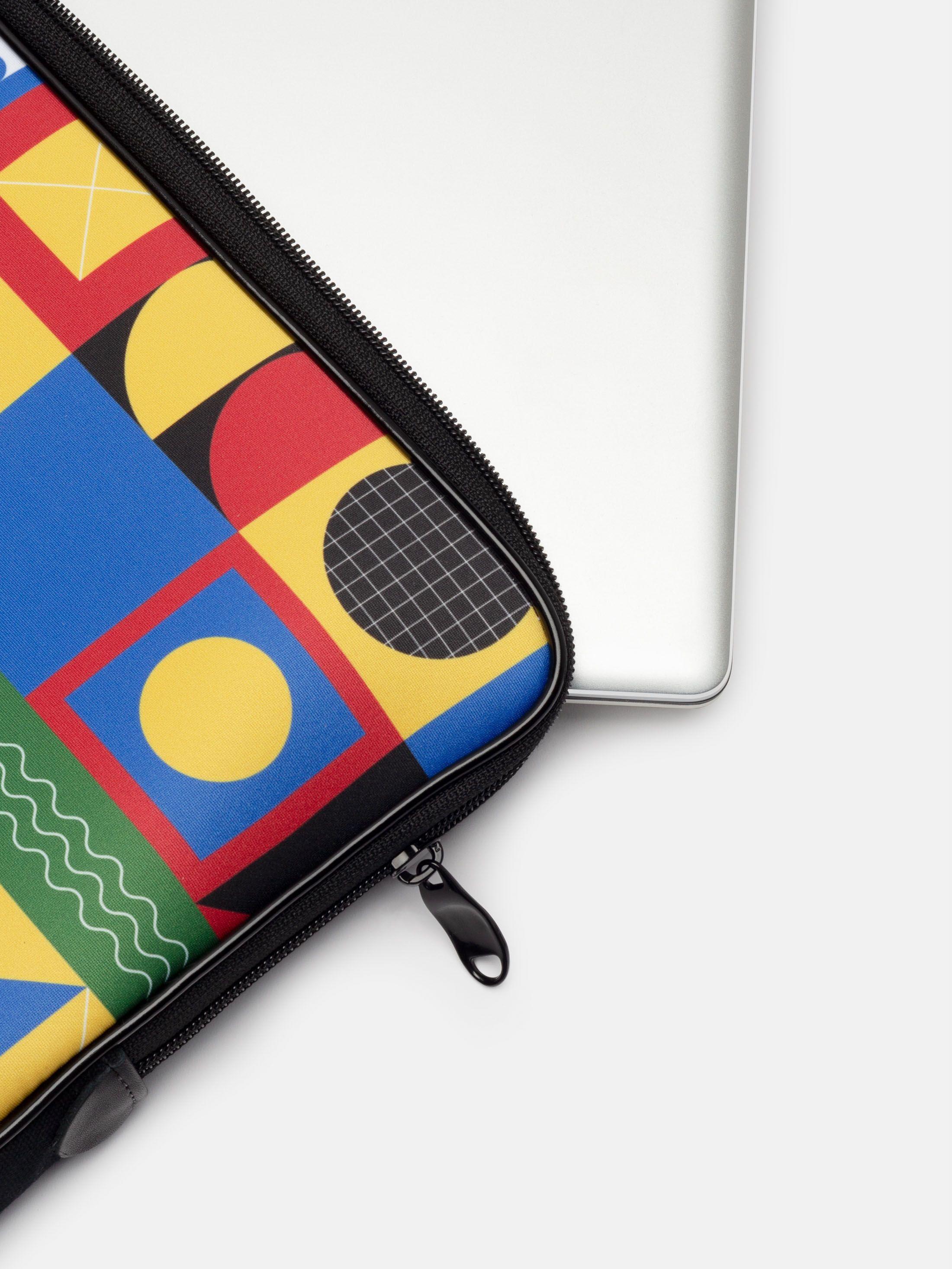 Design your own custom laptop sleeve