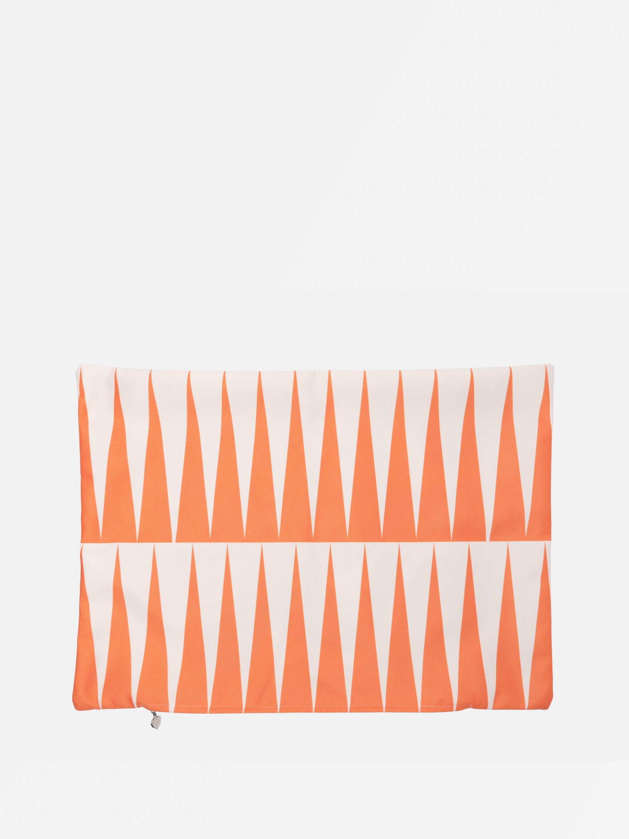 dettaglio federa per cuscino personalizzata