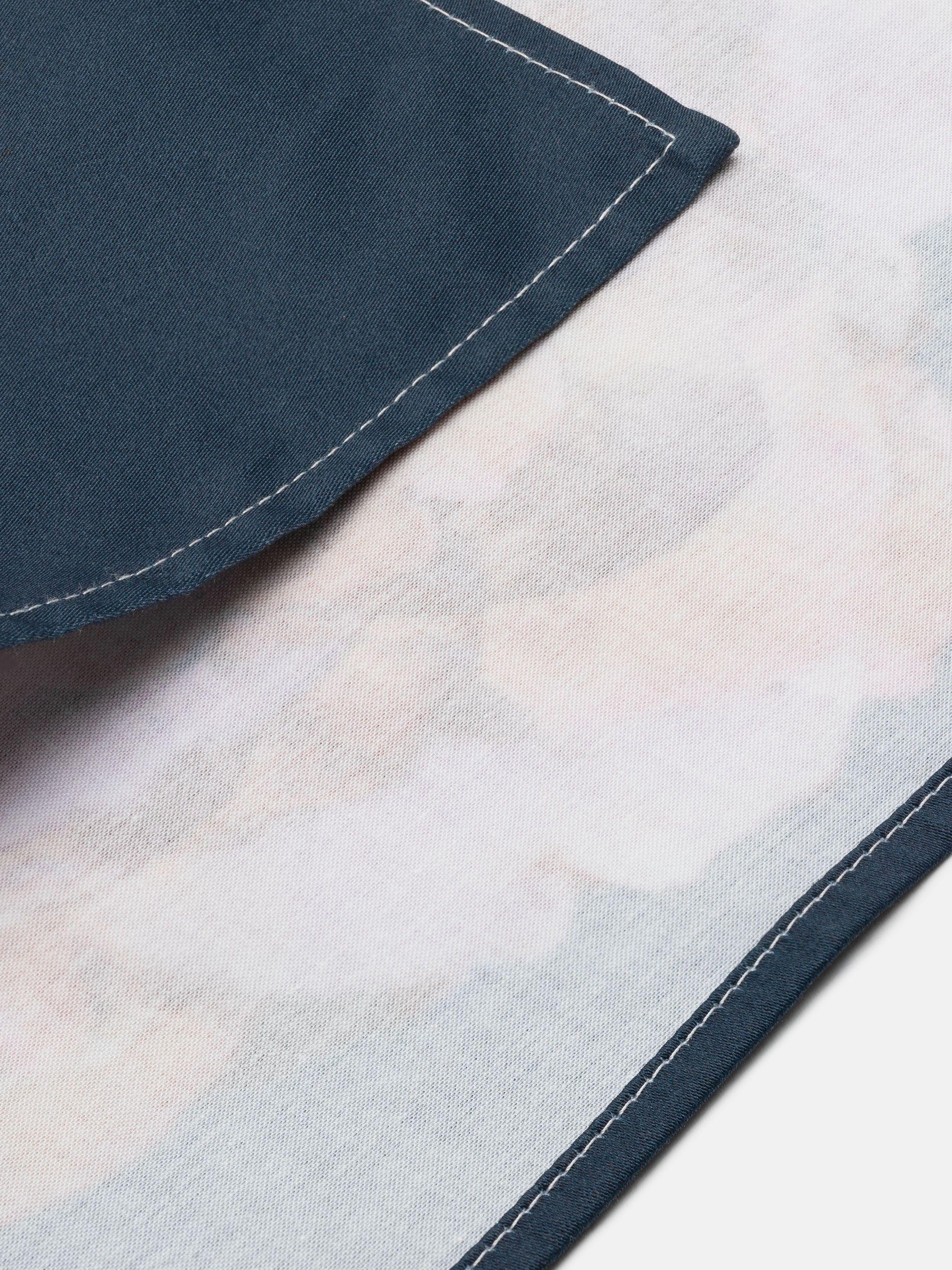 Verso su mouchoir imprimé avec design