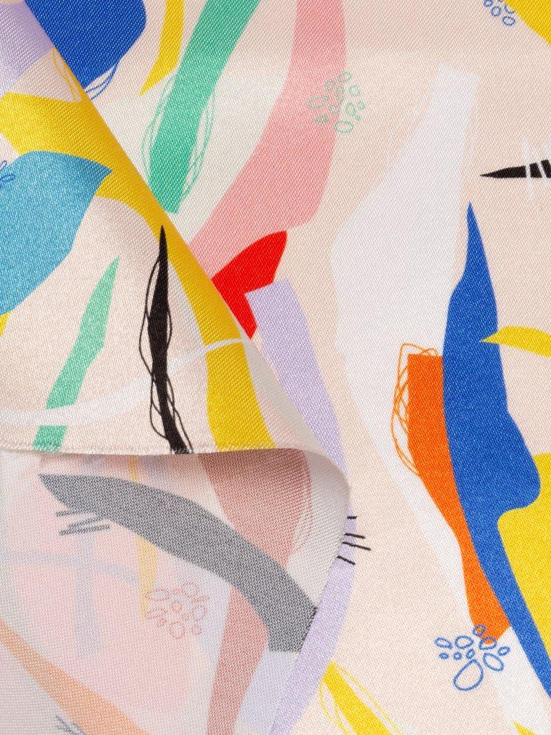 Glänzender satin bedruckt detailaufnahme fingerhut