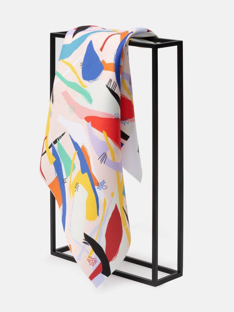 print Monroe Satin fabric folded texture