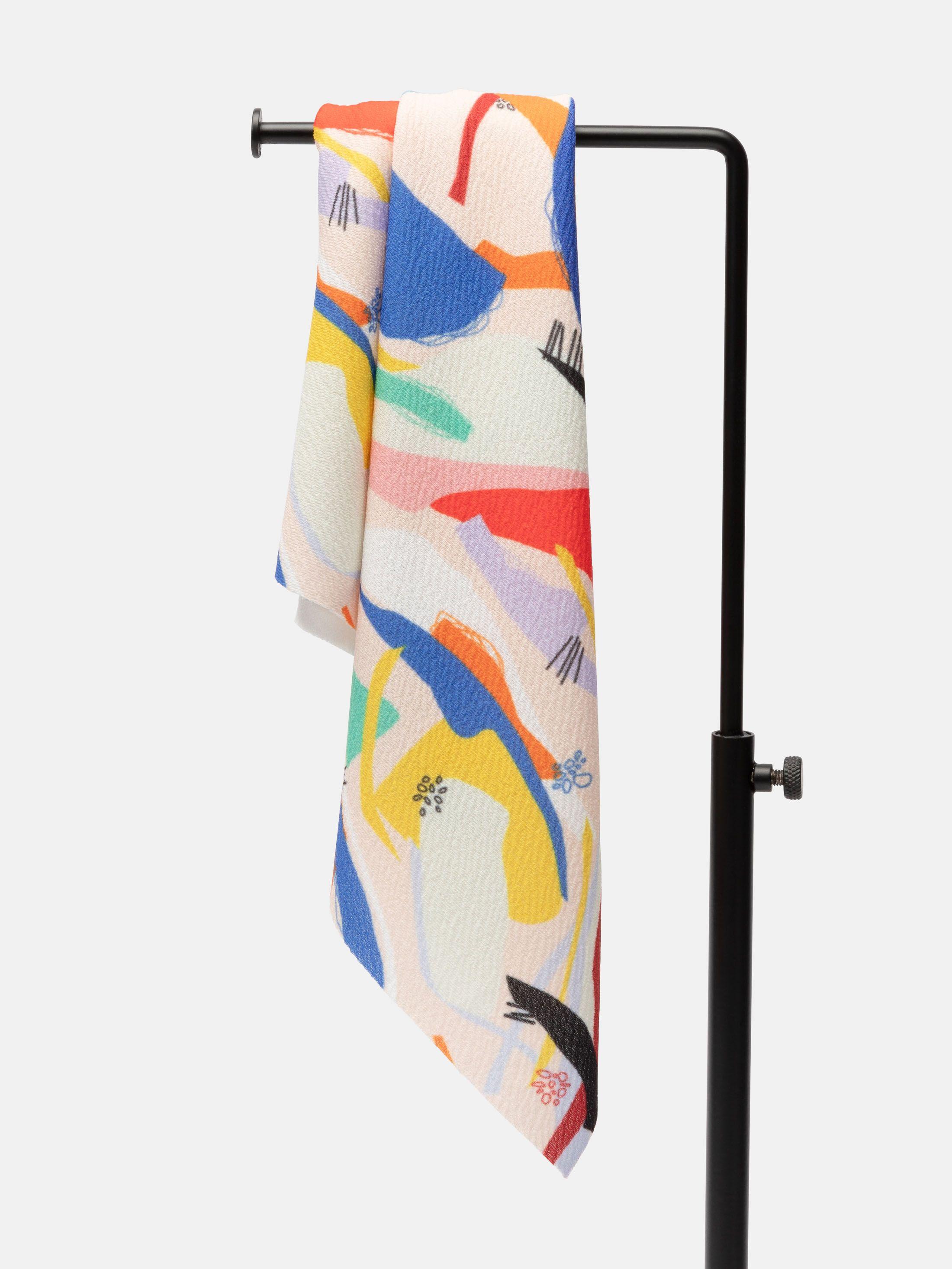 Diseña tela crepé de poliéster
