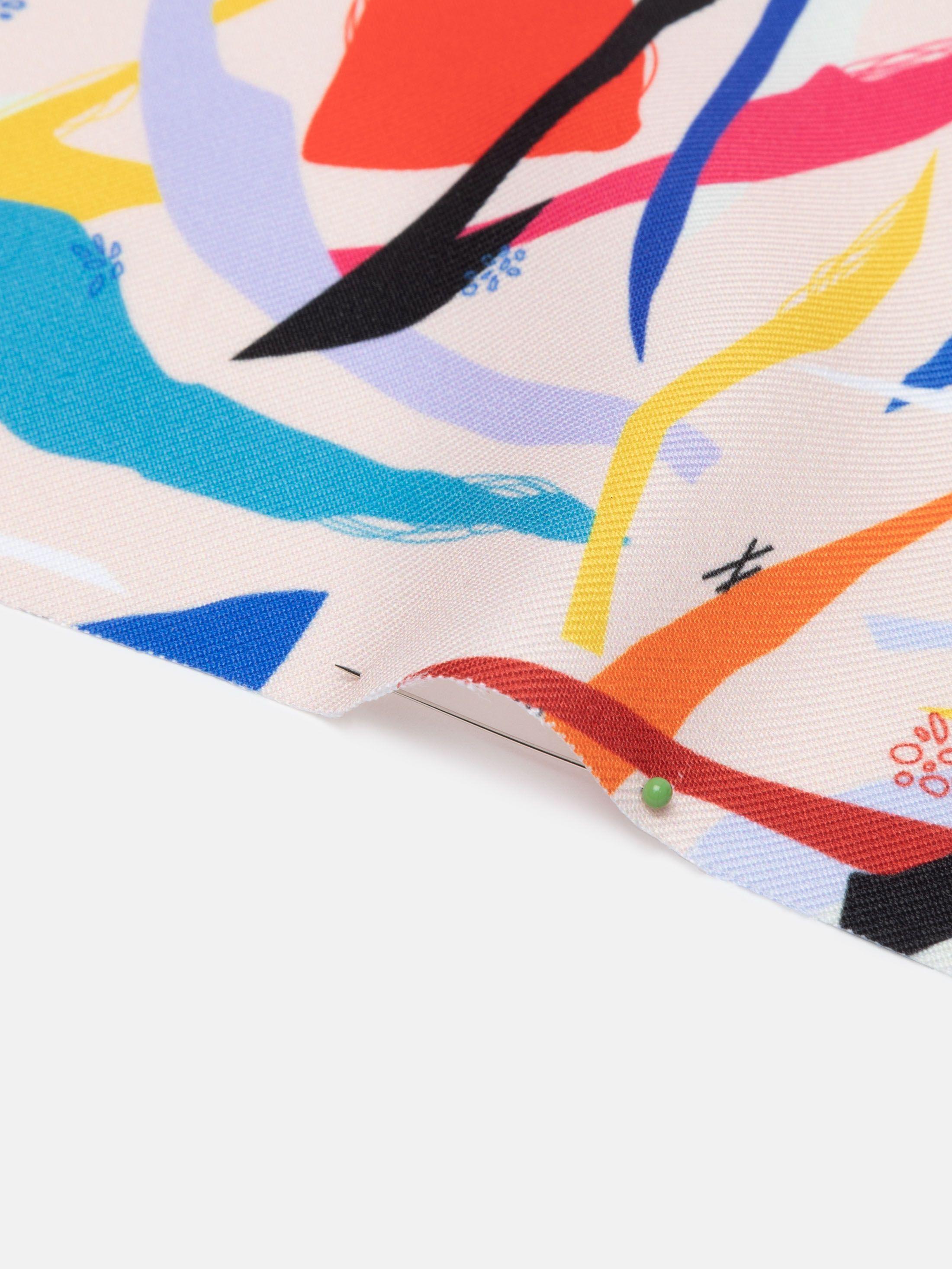 bedrukte patronen op Polyester Twill stof gevouwen