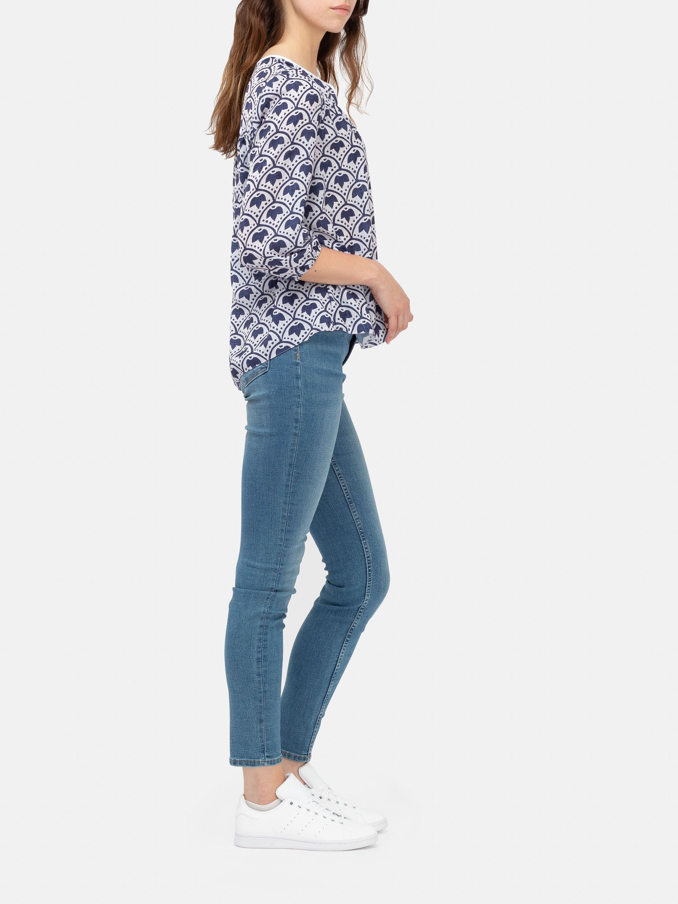 digital print blouse
