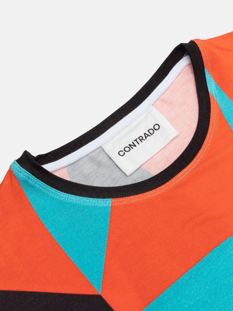 Men's Custom Stretch T-Shirt label