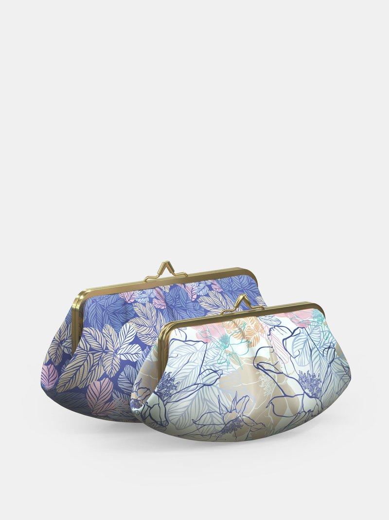 Custom metal frame bag pleated