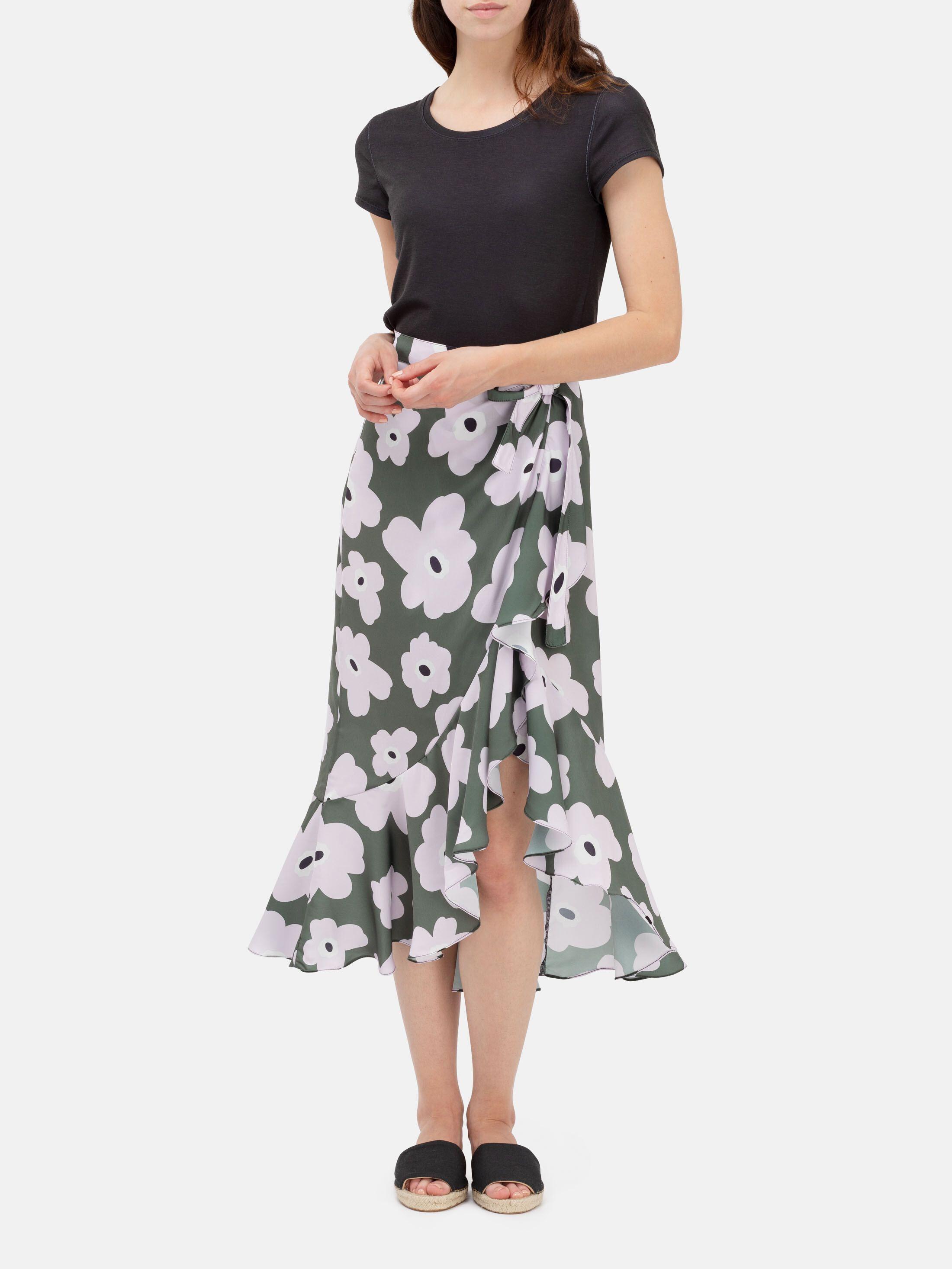 custom printed flounce skirt details