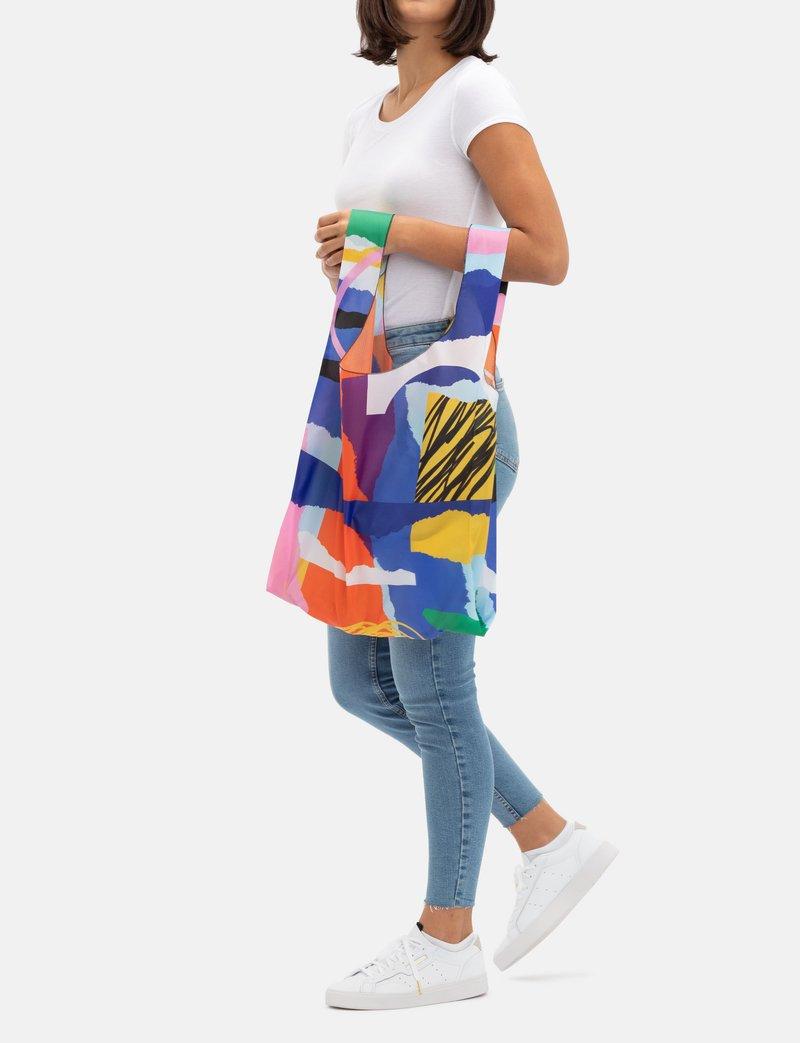design your own Carrier Bag