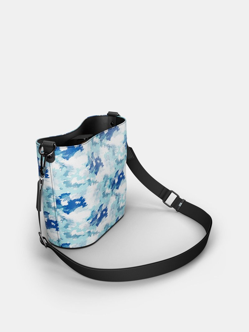 Custom Leather Bucket Tote  strap