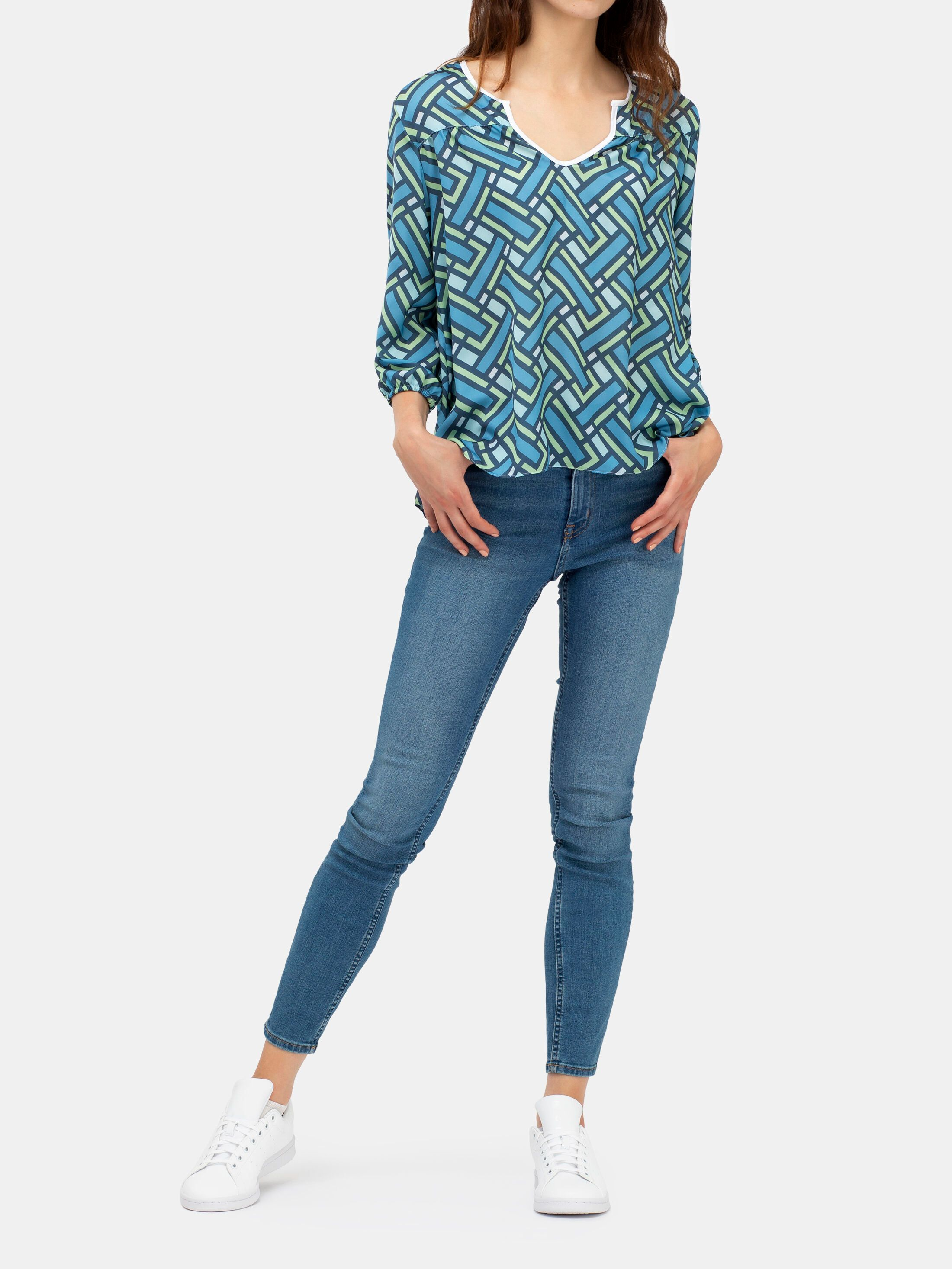 printed blouse sleeve details