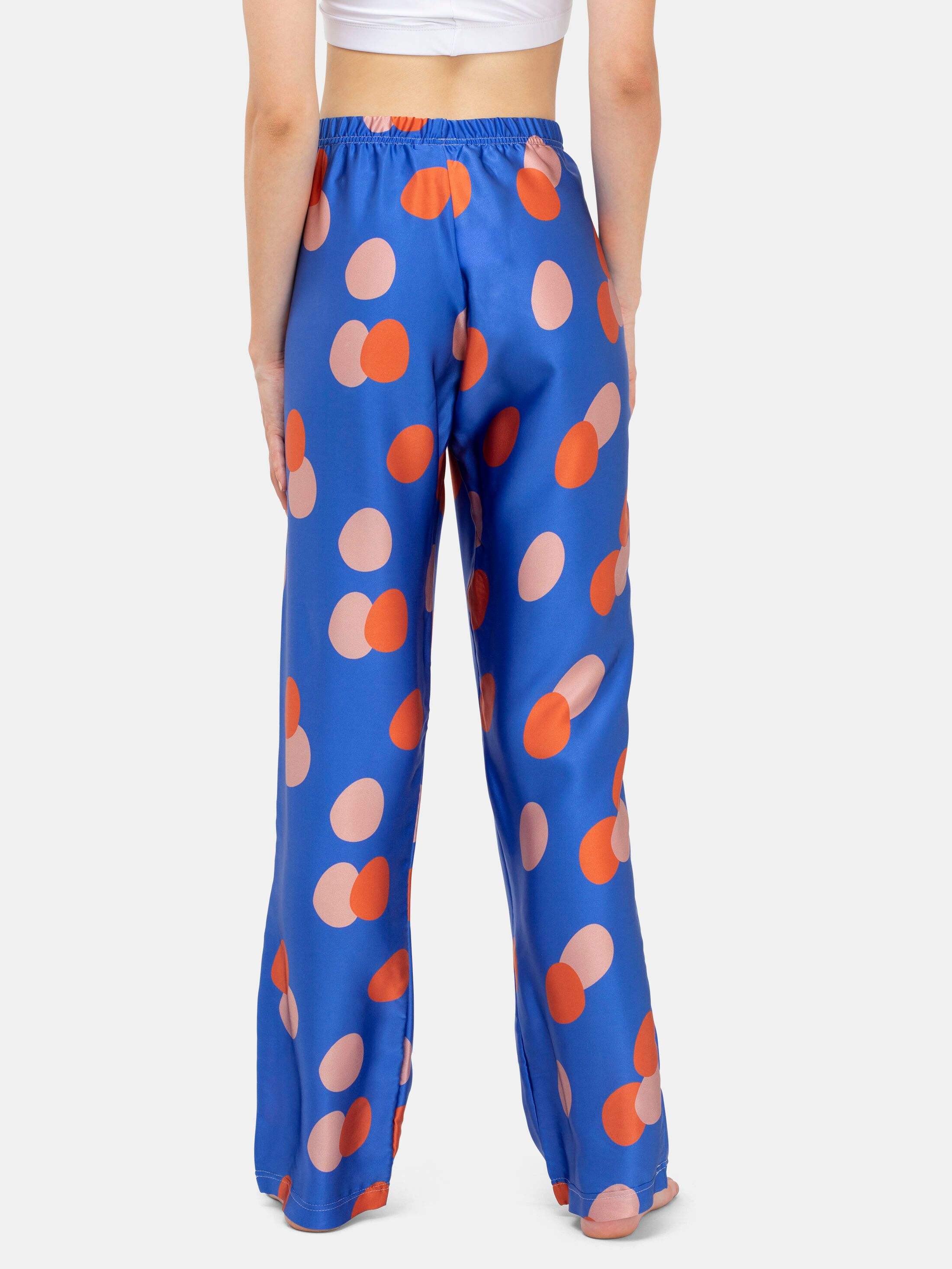Designa din egen sidenpyjamas