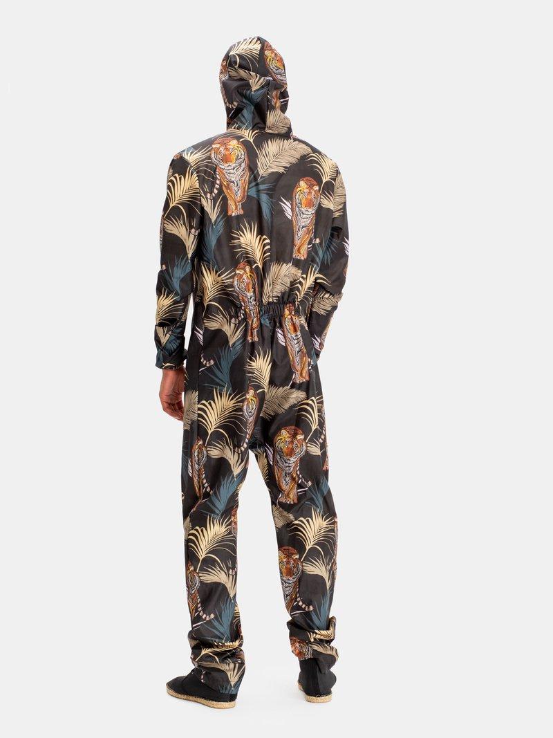 label and zip custom hazmat suit