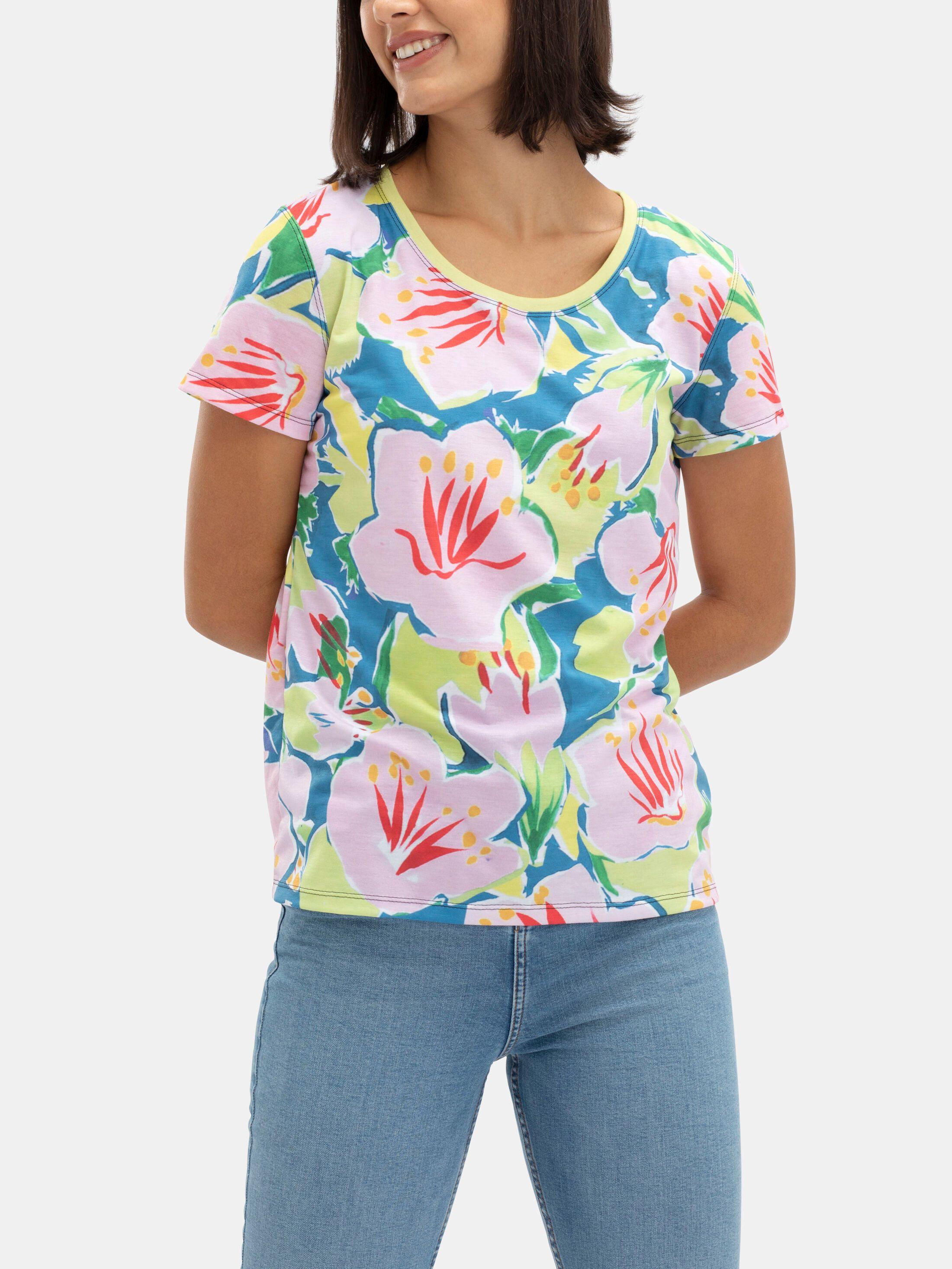 Create a women's basic custom cotton t-shirt