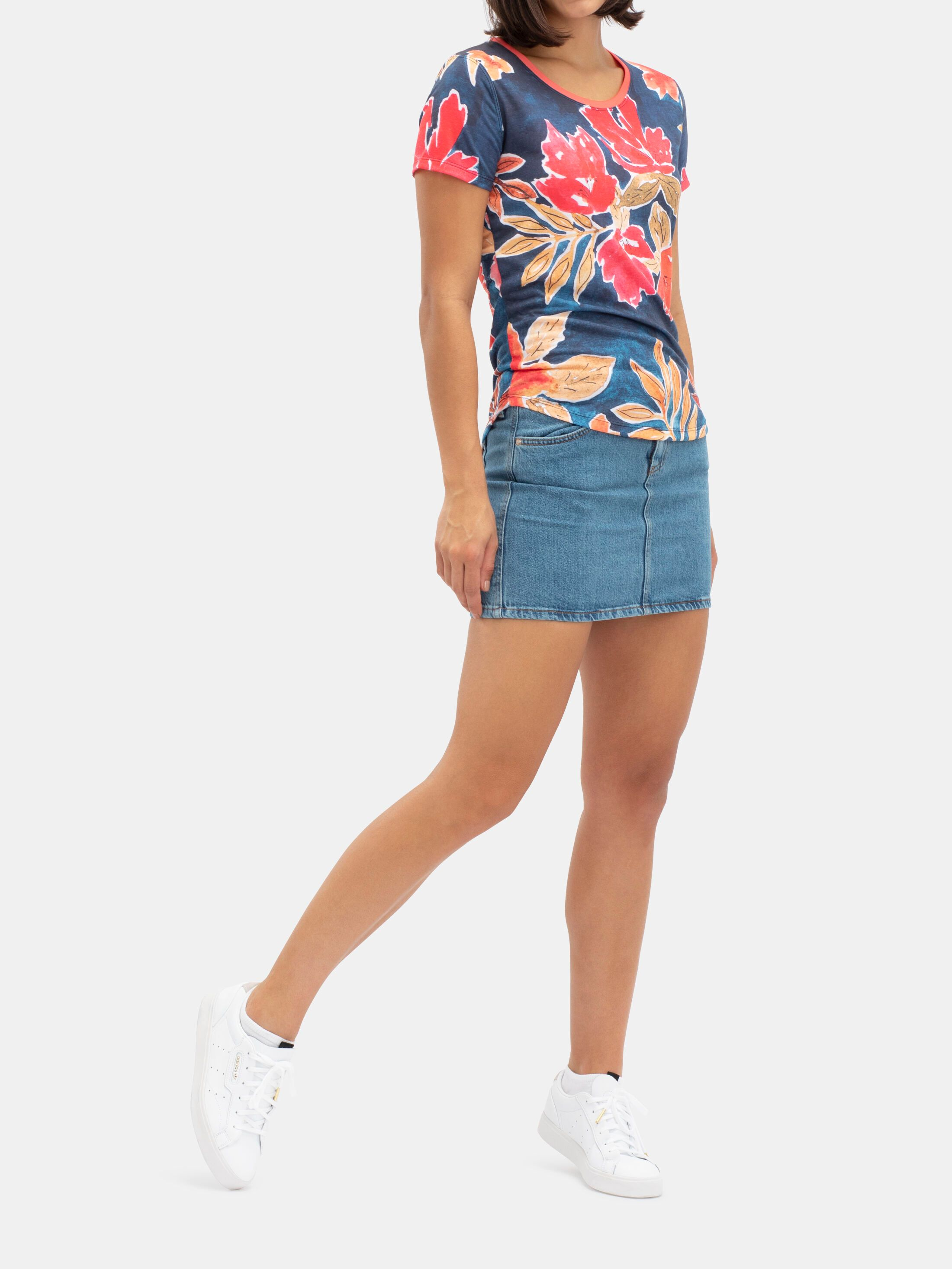 Women's Custom Slim Fit T-Shirt