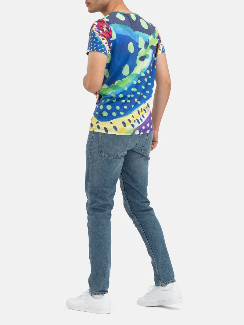 Design your Eco-Friendly T-Shirt