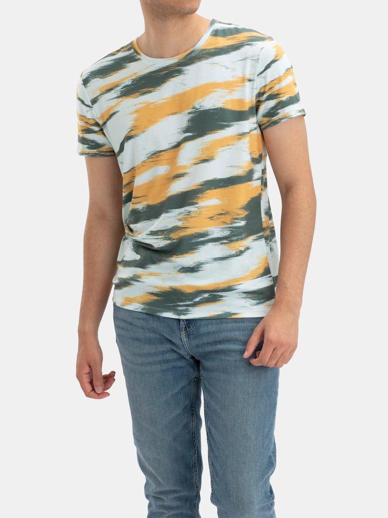 men's cut and sew t-shirt printing