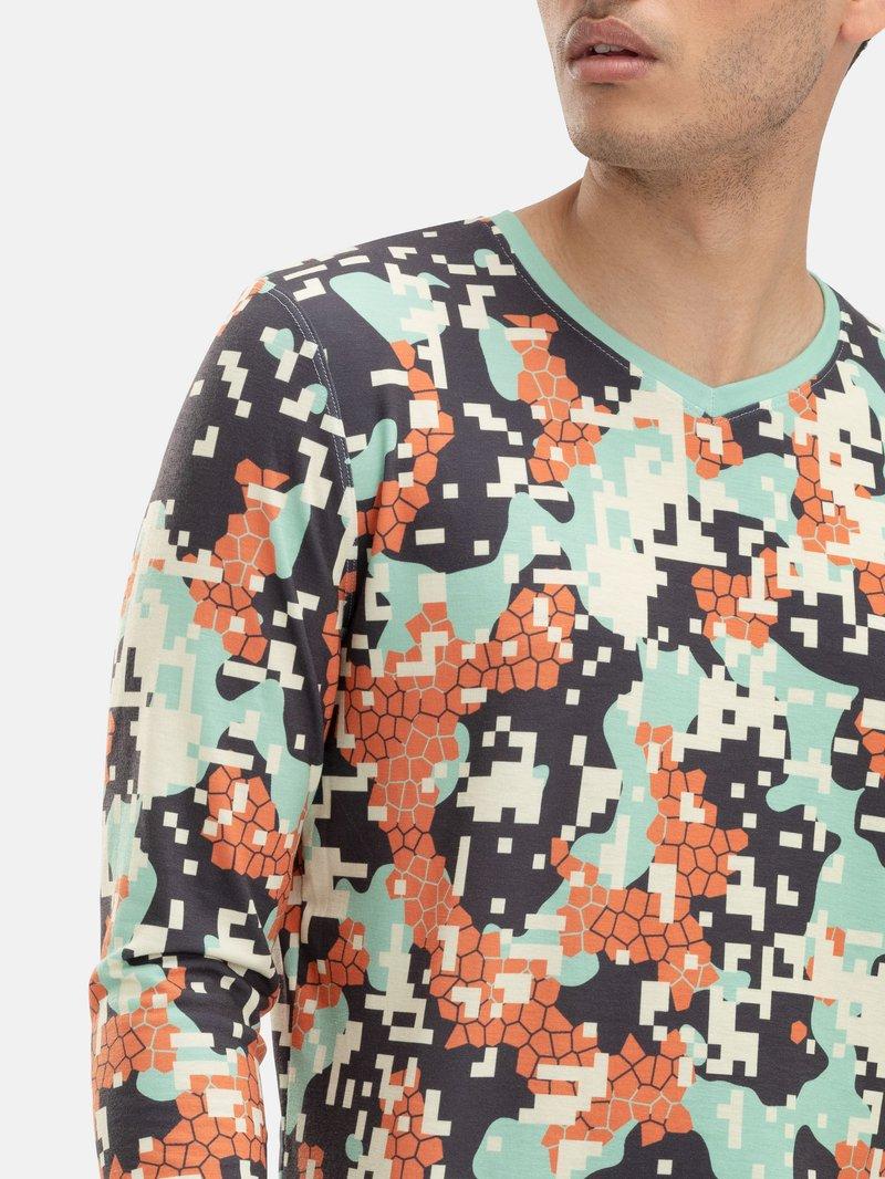 Custom printed mens long sleeve t-shirt